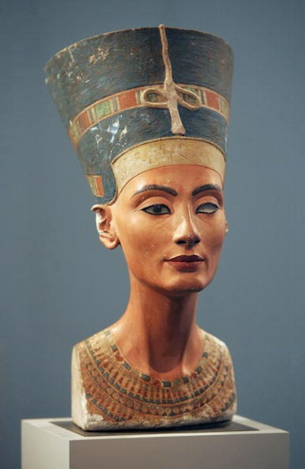 One Of The World Famous Top 10 Sculpture – The Egyptian Museum of Berlin