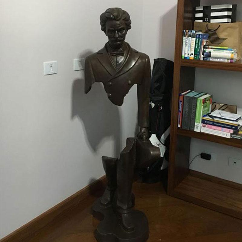 Sculpture-Bruno-Catalano-2