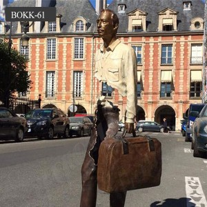 Famous abstract human bronze statue bruno catalano sculpture with bag for sale BOKK-61
